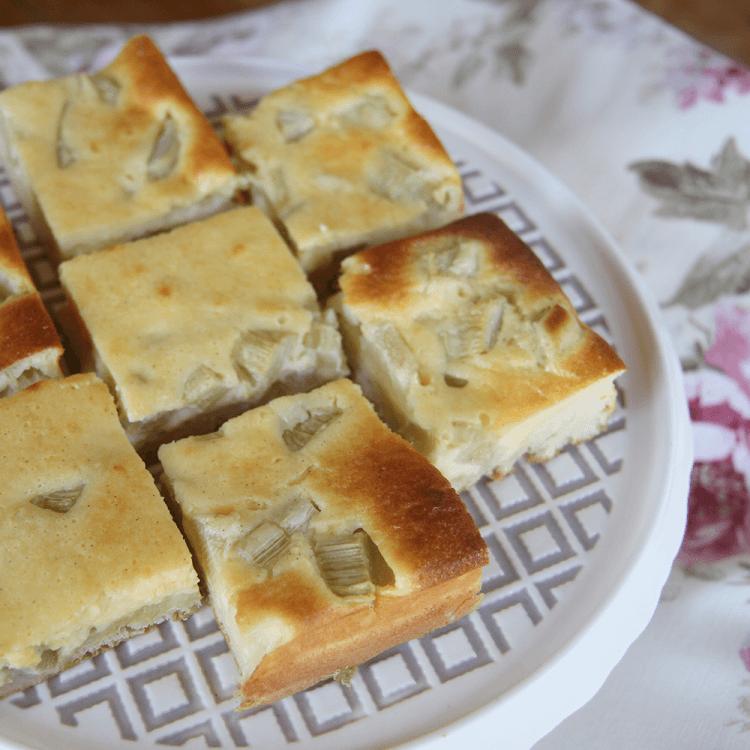 Rhabarberkuchen mit Rahmguss