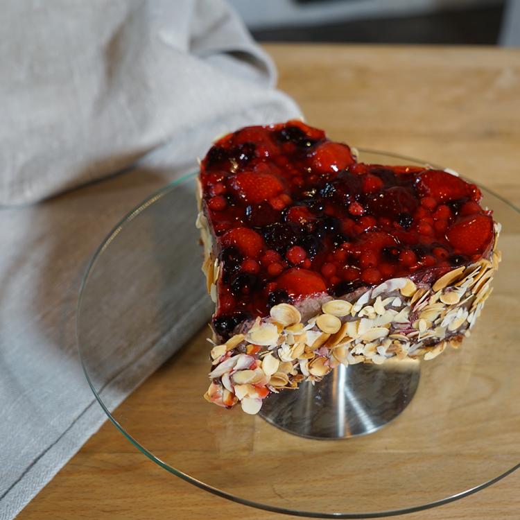 Schoko-Waldfrucht-Torte